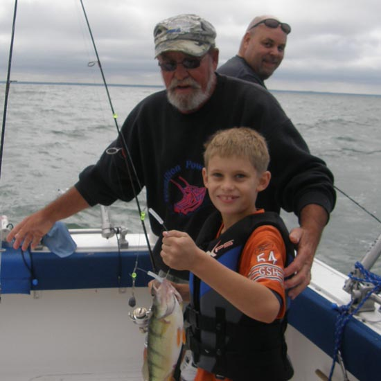 Lake erie fishing gallery for Fish customer service